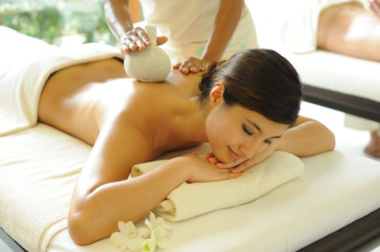 Body-Massage-in-Hazira-Surat