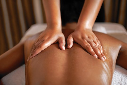 Massage-in-Khar-at-Best-Price