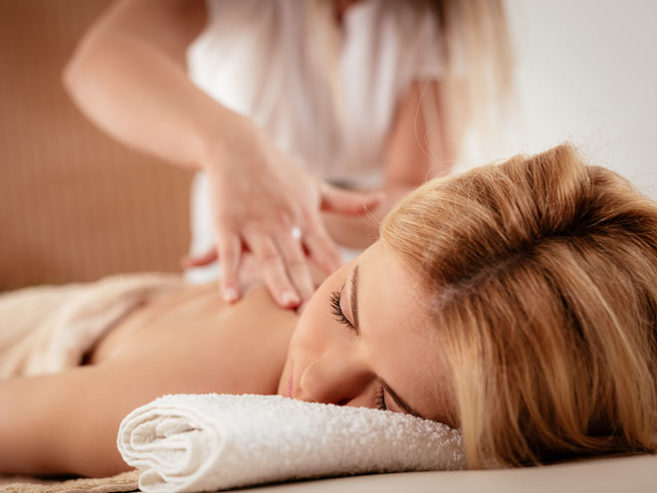 how-to-become-a-massage-therapist-uk