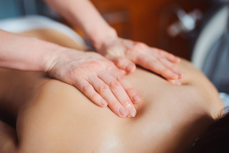 Body-Massage-Parlour-in-Churchgate-Mumbai