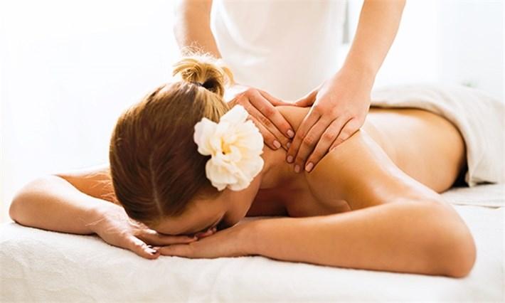 Body Massage Center in Satellite Ahmedabad - 24 Hours Body Massage Service  9076161167 - Massage4U