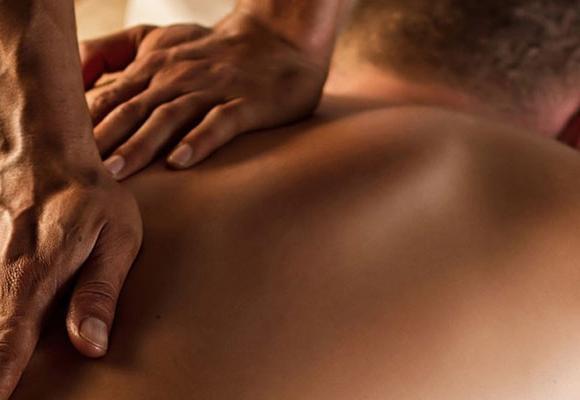 Male-to-Male-Massage-in-Powai